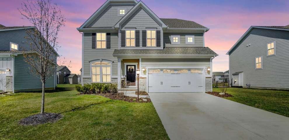287 Ensigns Ln, Lewis Center, OH 43035