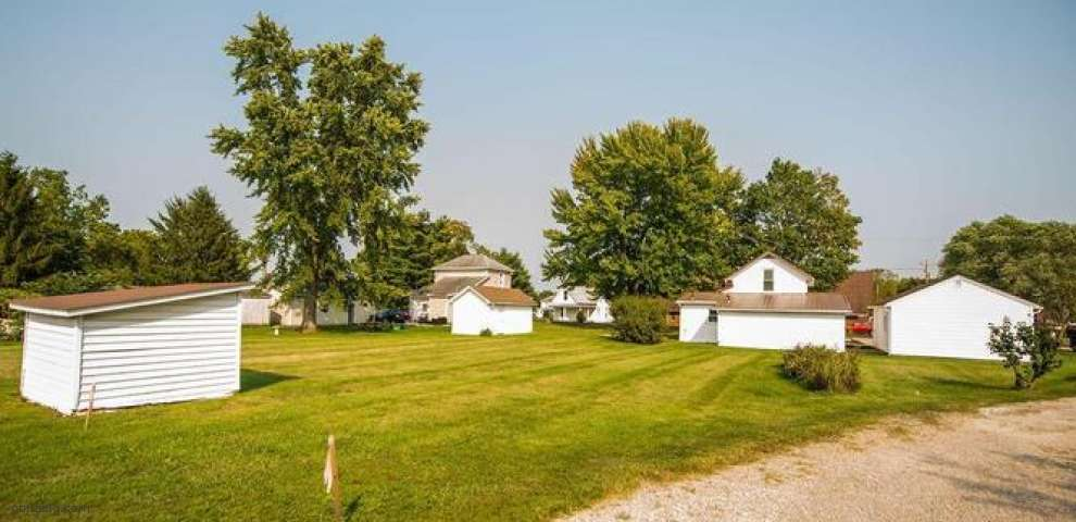 12095 Lecrone Ave, Millersport, OH 43046