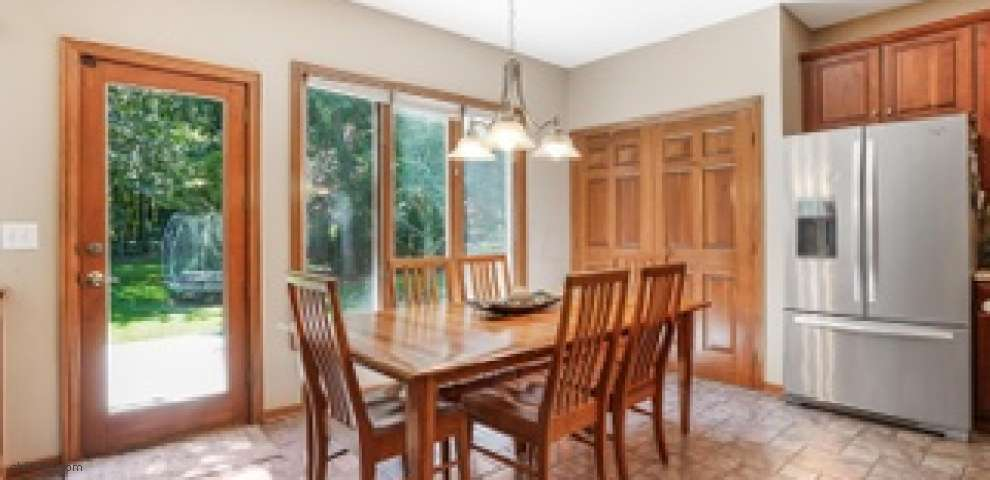 387 Nathan Dr, Powell, OH 43065