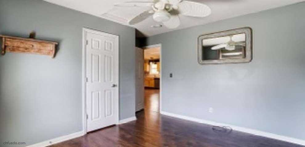 7945 Oak Valley Rd, Reynoldsburg, OH 43068