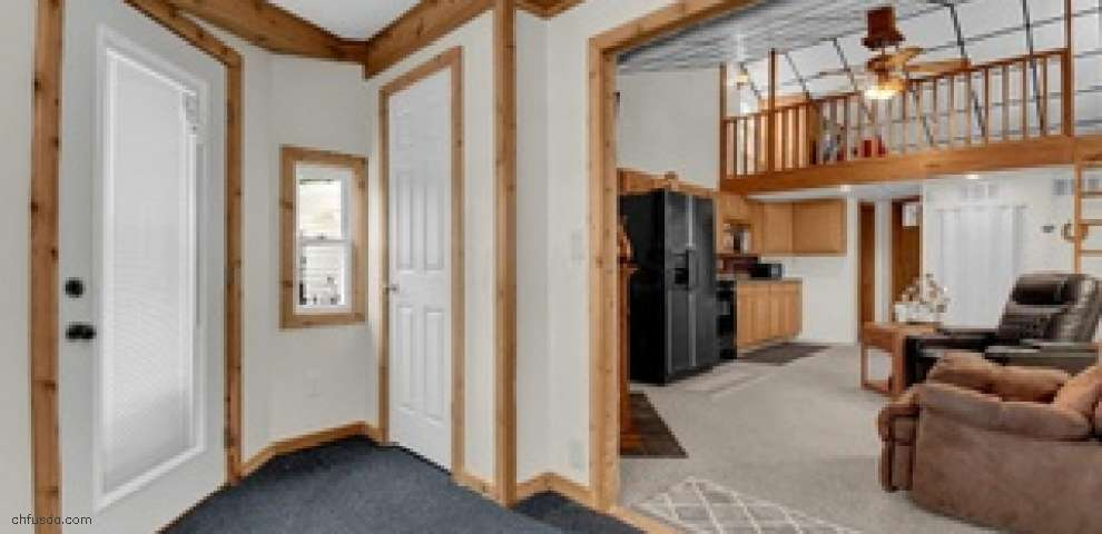 13997 Custers Point Rd NE, Thornville, OH 43076