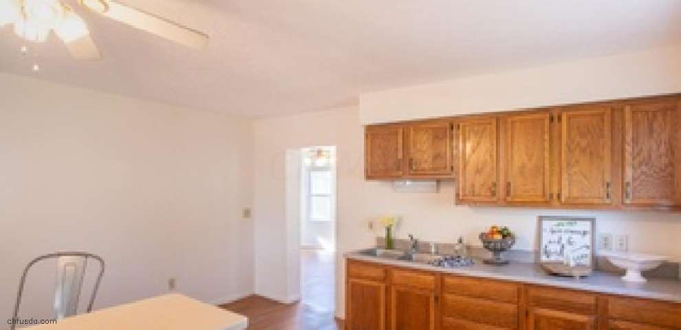 8813 National Rd, Thornville, OH 43076