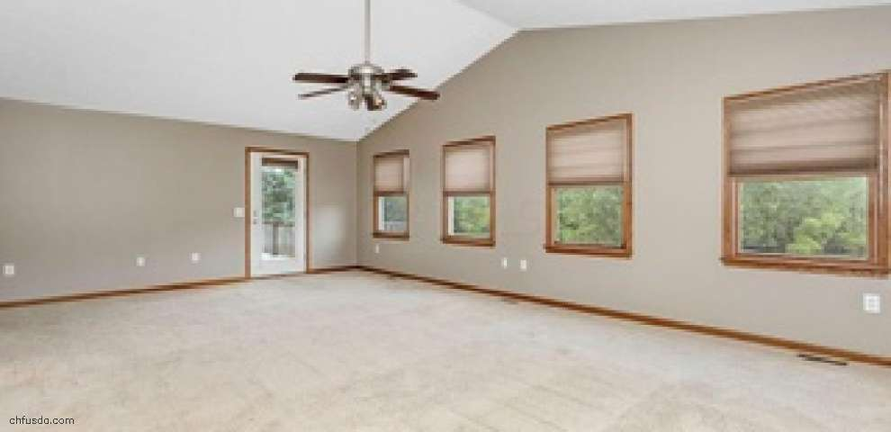 9017 Somerset Rd, Thornville, OH 43076