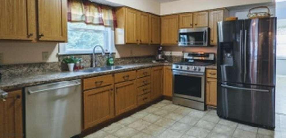 13436 Bevelhymer Rd, Westerville, OH 43081