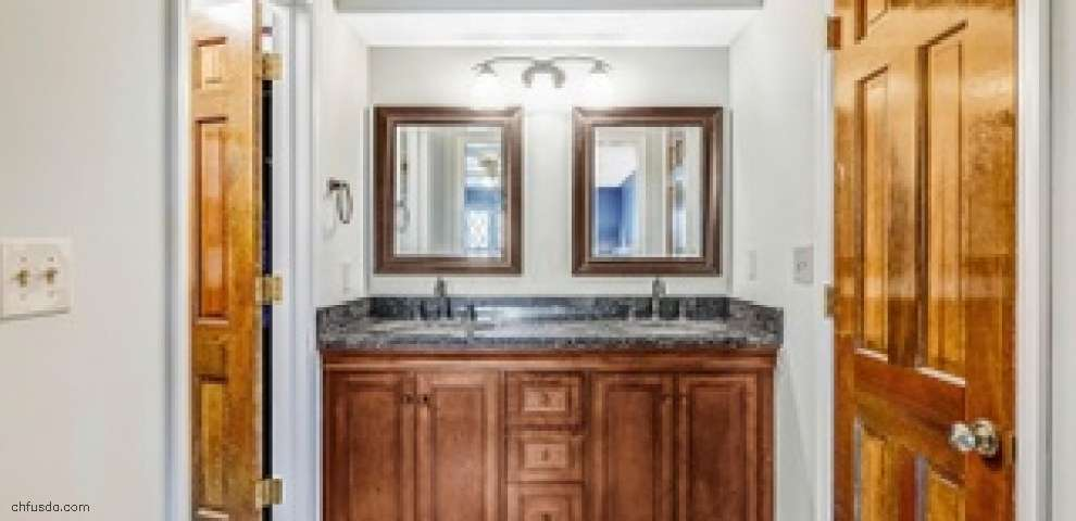 135 Executive Ct, Westerville, OH 43081 - Property Images