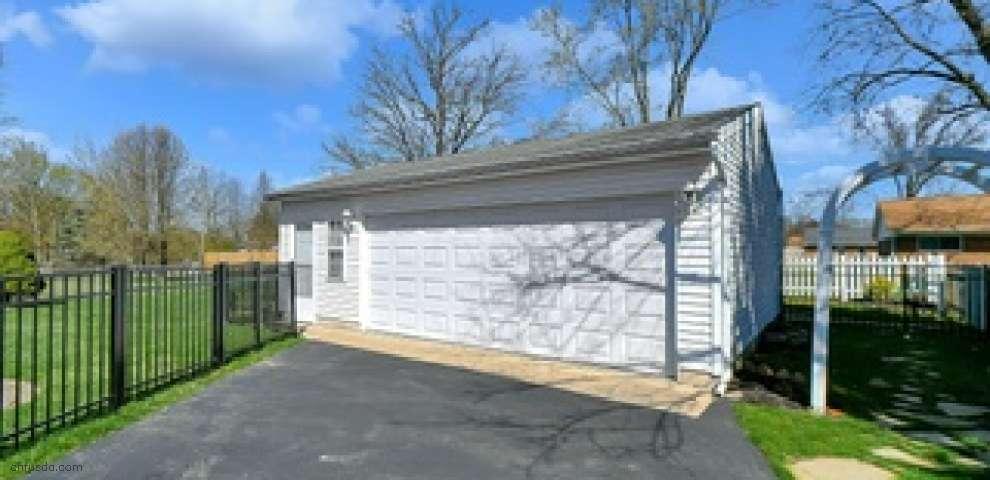 228 Huber Village Blvd, Westerville, OH 43081