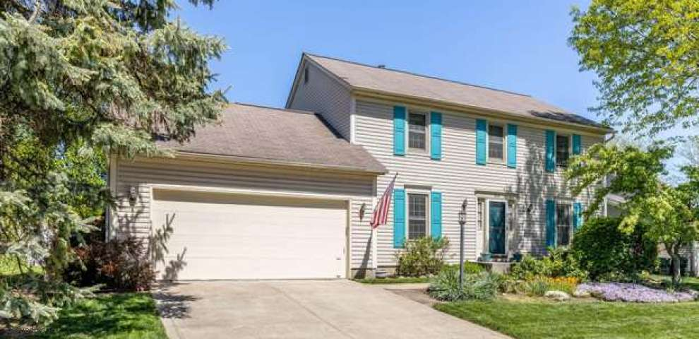 808 Pine Post Ln, Westerville, OH 43081