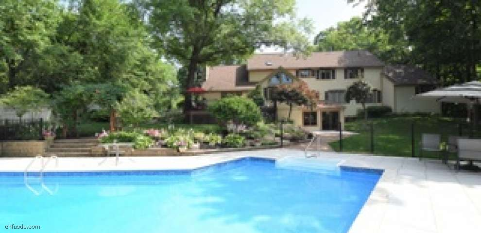 4950 Hawthorne Valley Dr, Westerville, OH 43082