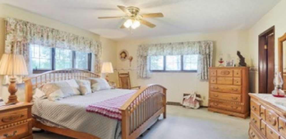 12100 State Route 104, Ashville, OH 43103