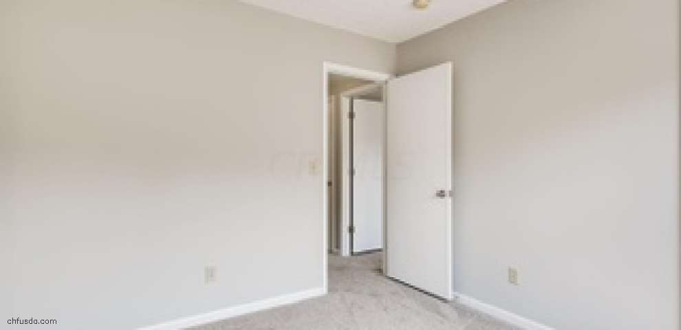6994 Weurful Dr, Canal Winchester, OH 43110