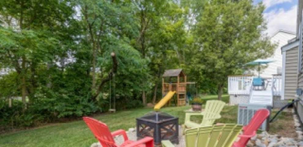 7821 Edgewater Ct, Canal Winchester, OH 43110