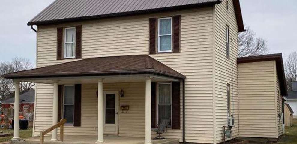 134 Town St, Circleville, OH 43113