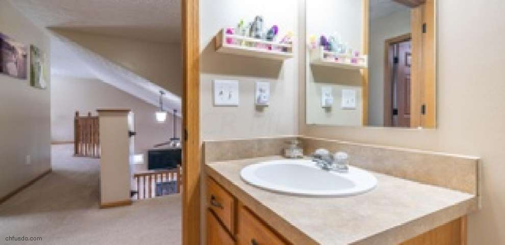 1918 Bay Port Dr, Grove City, OH 43123 - Property Images