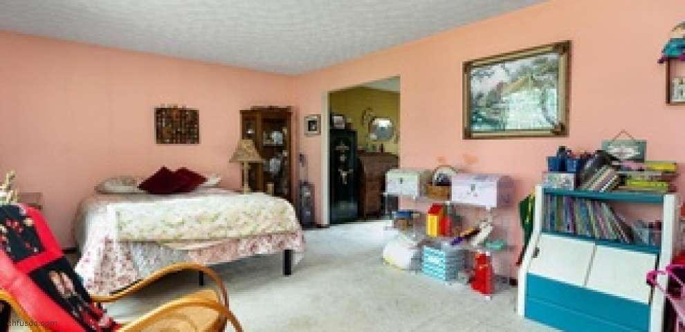 6583 Rolling Hills Ln E, Grove City, OH 43123