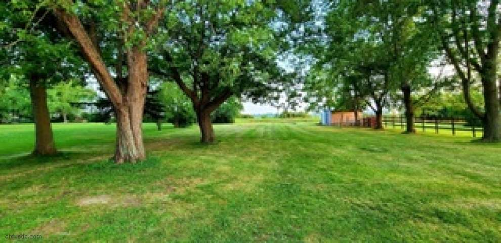 5878 Us Highway 22 E, New Holland, OH 43145