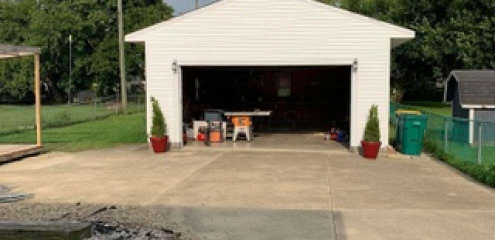 48 Mary St, West Jefferson, OH 43162