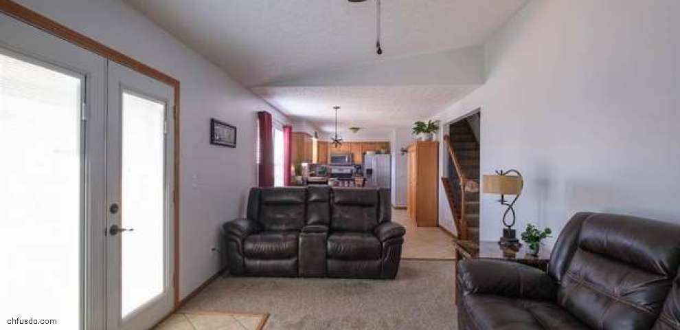 1023 Esther Dr, Columbus, OH 43207 - Property Images
