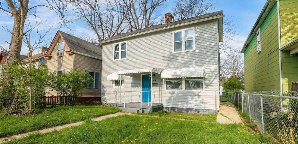 374 Clarendon Ave, Columbus, OH 43223