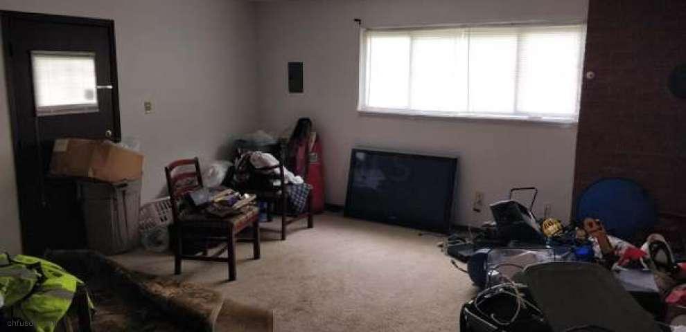 1305 Coburg Rd, Columbus, OH 43227