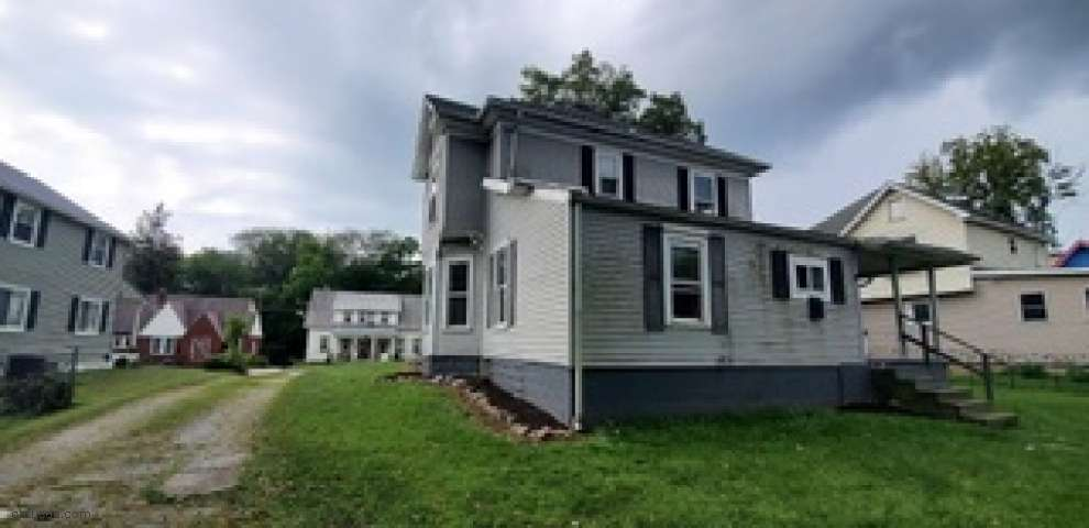 228 W Marion St, Mount Gilead, OH 43338