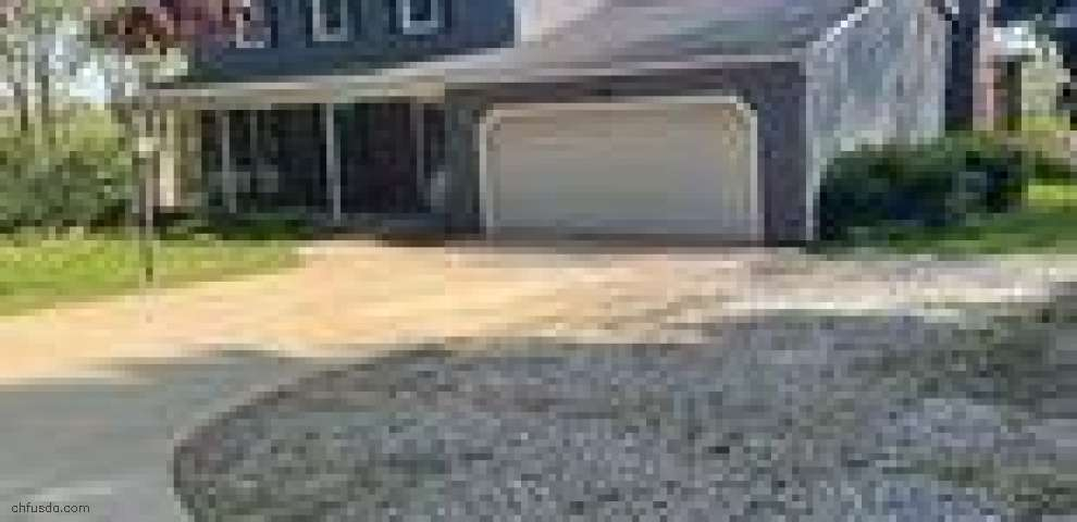 2093 Cambridge Rd, Coshocton, OH 43812