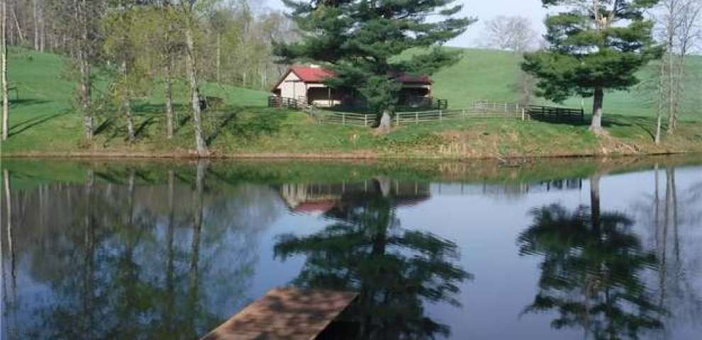 44853 County Road 55, Coshocton, OH 43812