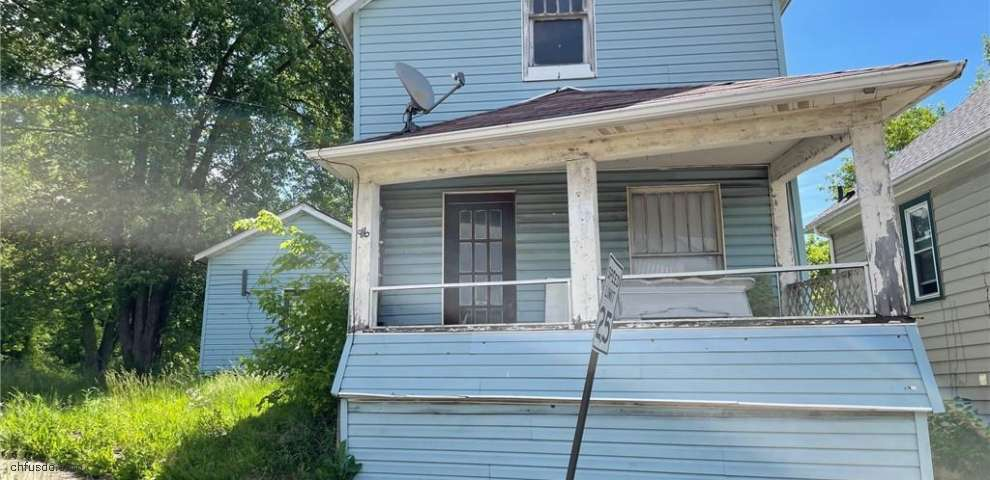 916 Saint Clair Ave, East Liverpool, OH 43920