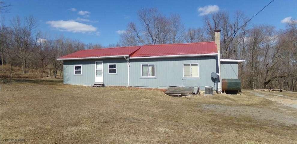 34620 Walnut Ridge Rd, Salineville, OH 43945