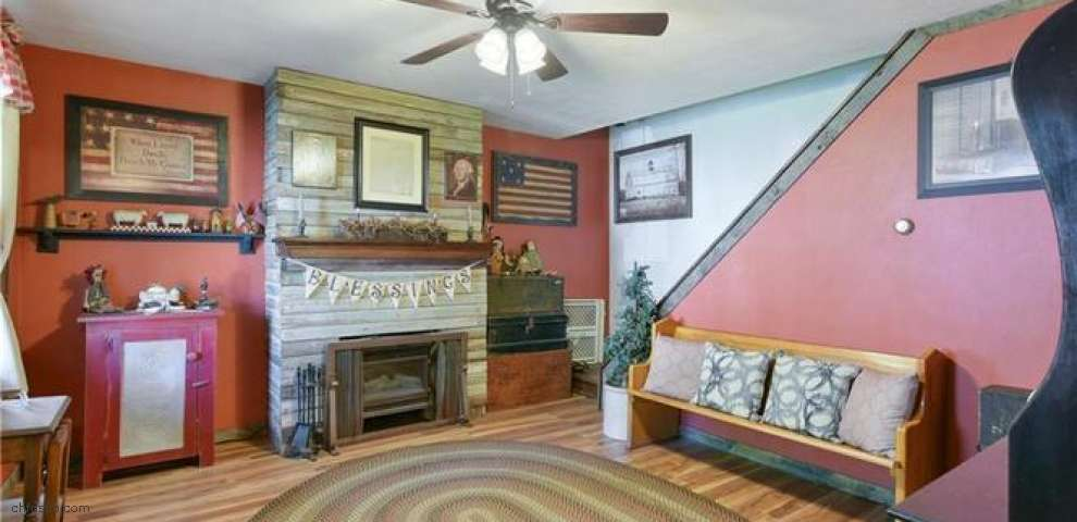 708 Broadway Ave, Wellsville, OH 43968