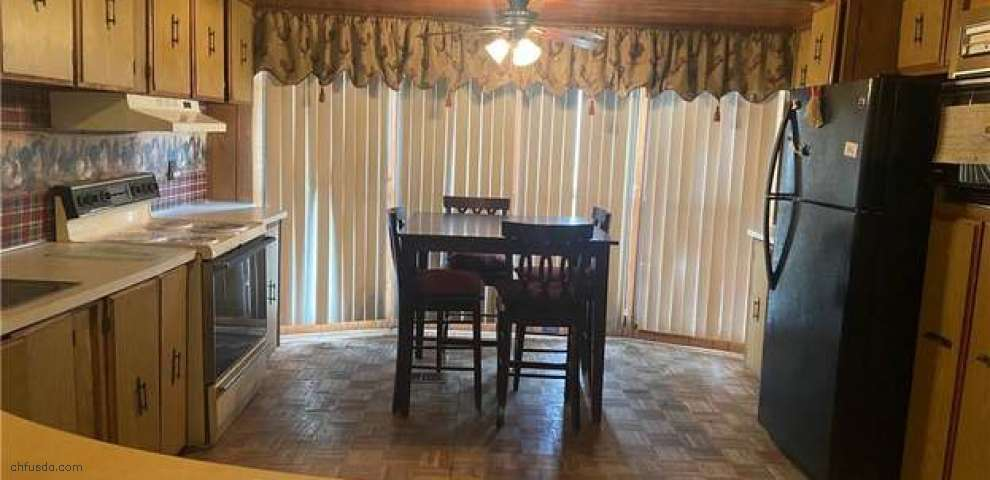 926 Township Line Rd, Wellsville, OH 43968