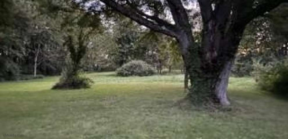 13732 Vermilion Rd, Amherst, OH 44001