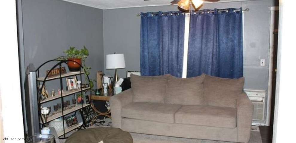 8225 Leavitt Rd, Amherst, OH 44001