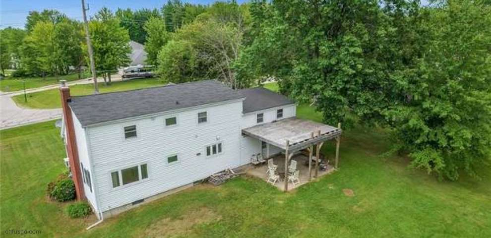 1026 Garrison Rd, Ashtabula, OH 44004 - Property Images