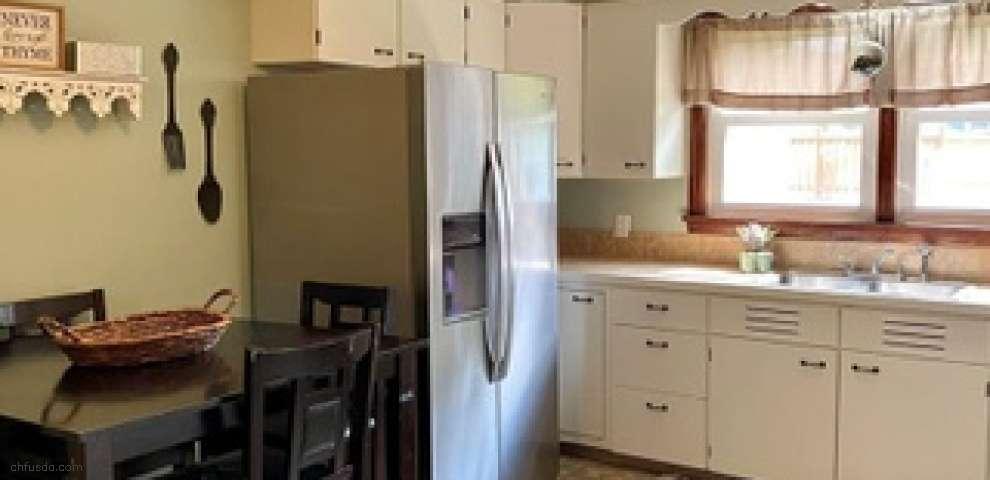 1030 Brown Dr, Ashtabula, OH 44004 - Property Images