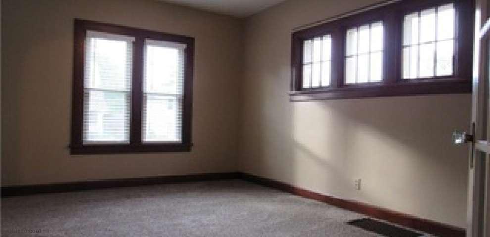 1436 W 9th St, Ashtabula, OH 44004 - Property Images