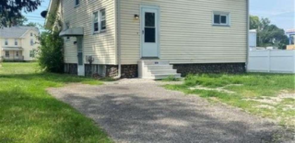 1727 E Prospect, Ashtabula, OH 44004 - Property Images