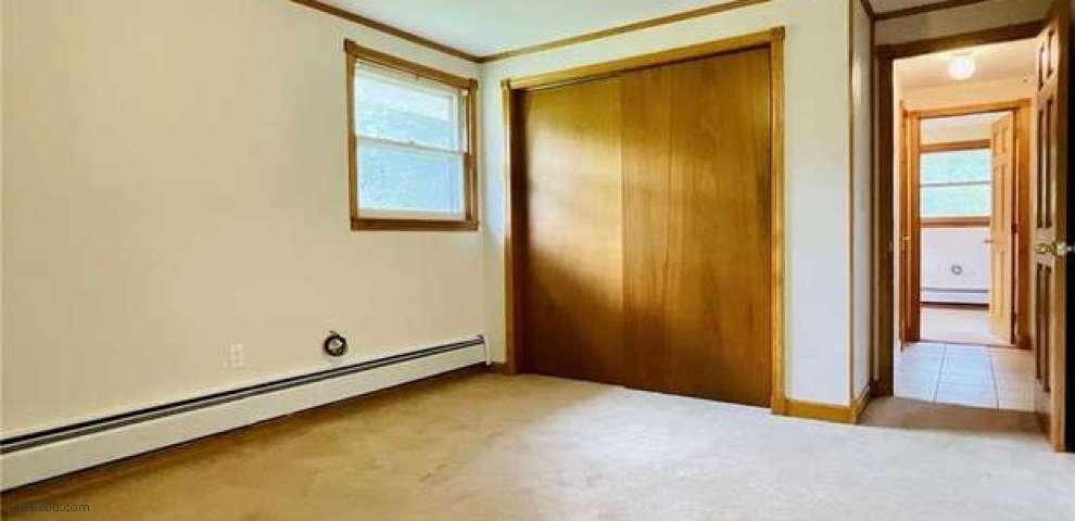 2187 James St, Ashtabula, OH 44004 - Property Images