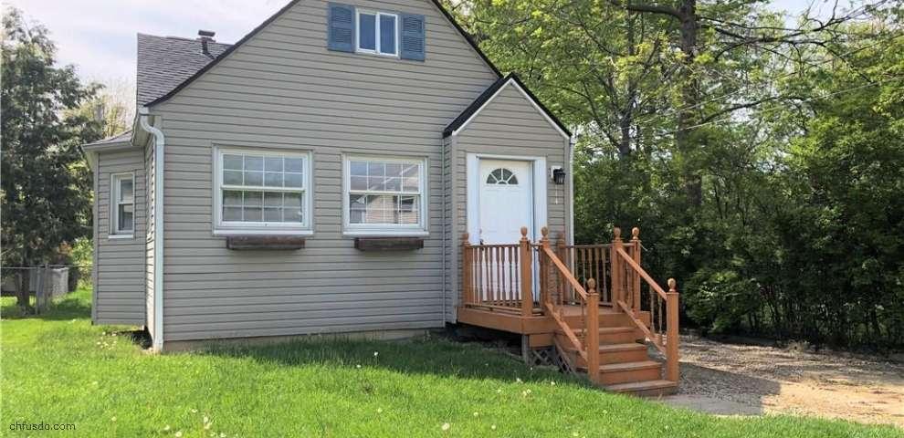 114 Vineyard Rd, Avon Lake, OH 44012