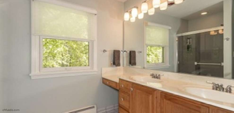 111 Maple Hill Dr, Chagrin Falls, OH 44022 - Property Images