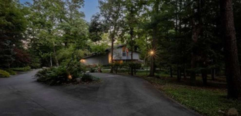 15175 Heritage Ln, Chagrin Falls, OH 44022 - Property Images