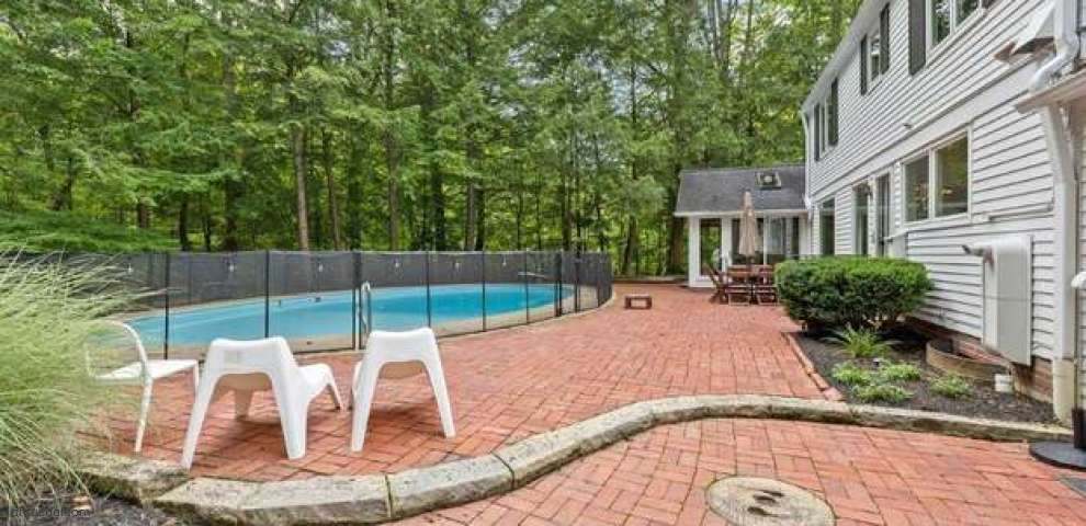 15220 Fox Run, Chagrin Falls, OH 44022 - Property Images