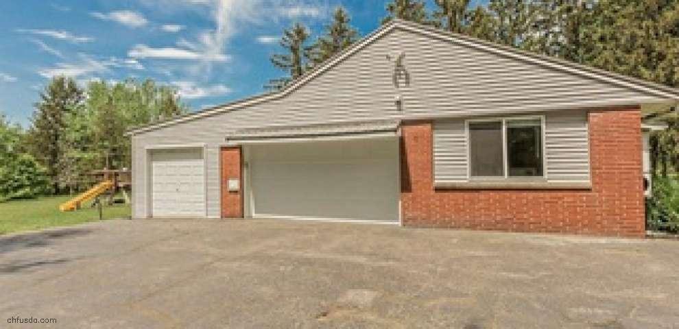 8419 Cloveridge Rd, Chagrin Falls, OH 44022