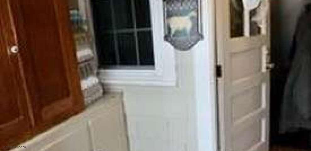 10788 Washington St, Chagrin Falls, OH 44023 - Property Images