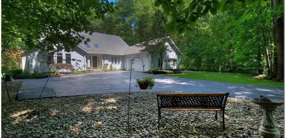 11104 Wingate Dr, Chagrin Falls, OH 44023 - Property Images