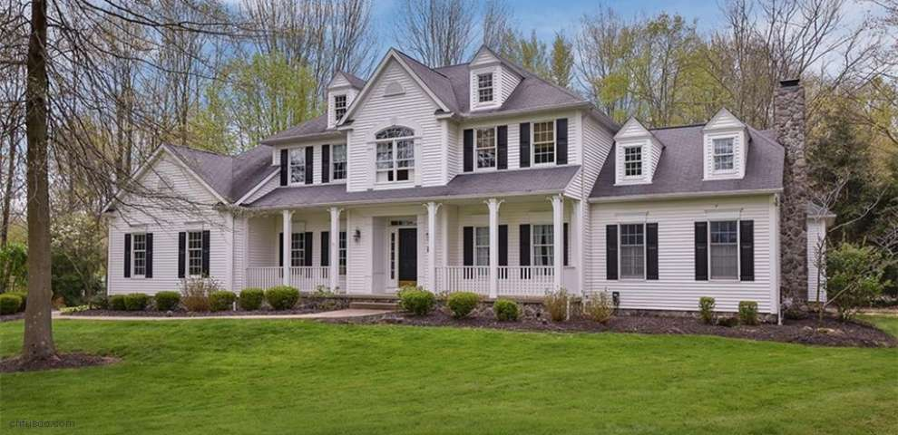 16410 Crown Pointe, Chagrin Falls, OH 44023 - Property Images