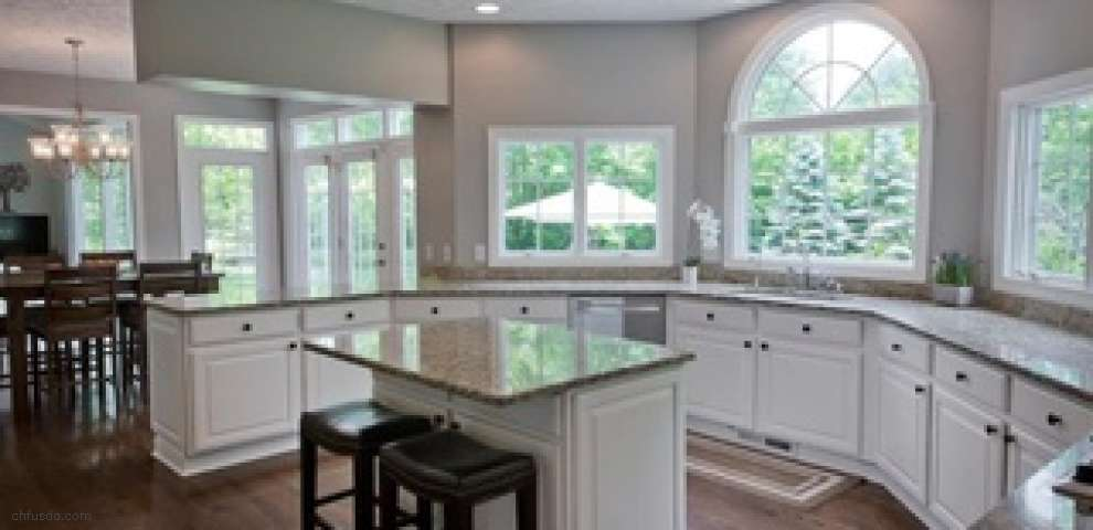 16425 Crown Pointe, Chagrin Falls, OH 44023 - Property Images