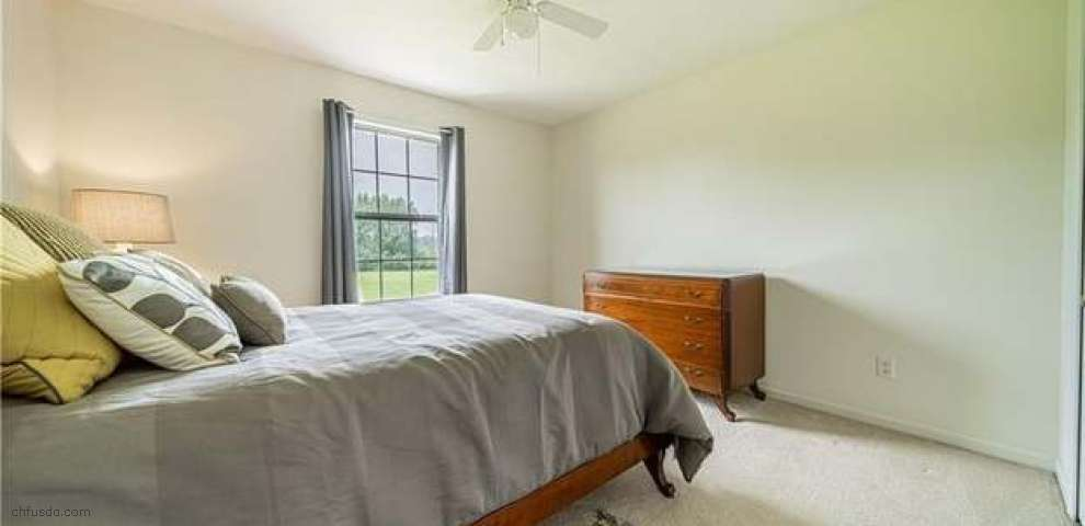 16750 Auburn Springs Dr, Chagrin Falls, OH 44023 - Property Images