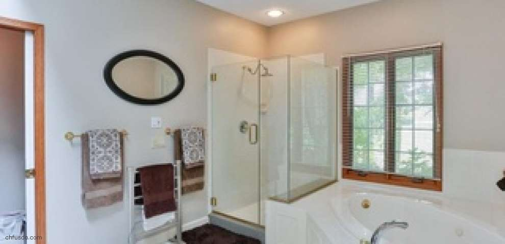 16790 Staffordshire Ct, Chagrin Falls, OH 44023 - Property Images
