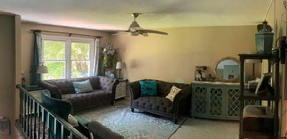 16831 Jacobs Dr, Chagrin Falls, OH 44023 - Property Images