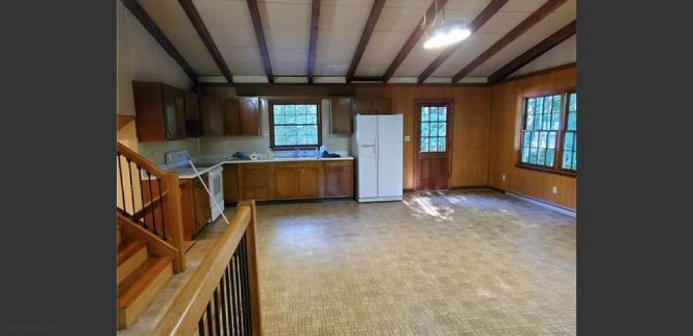 16863 Valley Rd, Chagrin Falls, OH 44023 - Property Images